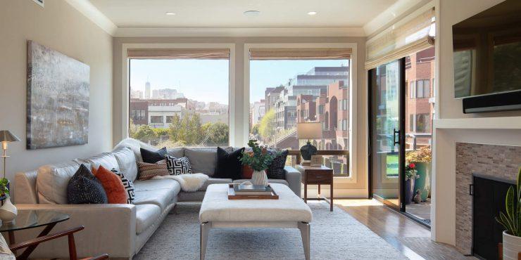 550 Davis #13 • Magnificent Condominium