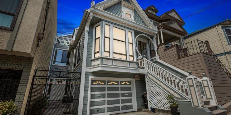 121 4th Avenue • Best in Modern Living